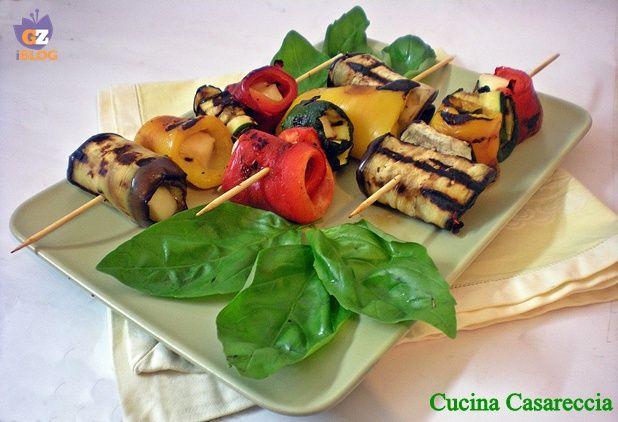 Involtini di verdure grigliate ricetta antipasti http://blog.giallozafferano.it/cucinacasareccia/involtini-di-verdure-grigliate-ricetta-antipasti/