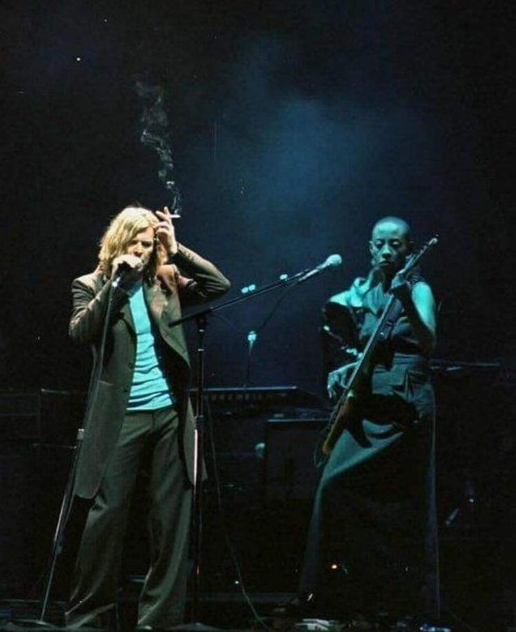Bowie 2000