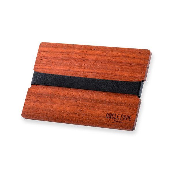 Le Conquérant By Oncle Pape.Retrouvez les porte-cartes sur www.onclepape.com #noeudpapillon #madeinfrance #artisanal #accessoire #accessoiremode #accessoirebois #bois #wooden #fashion #design