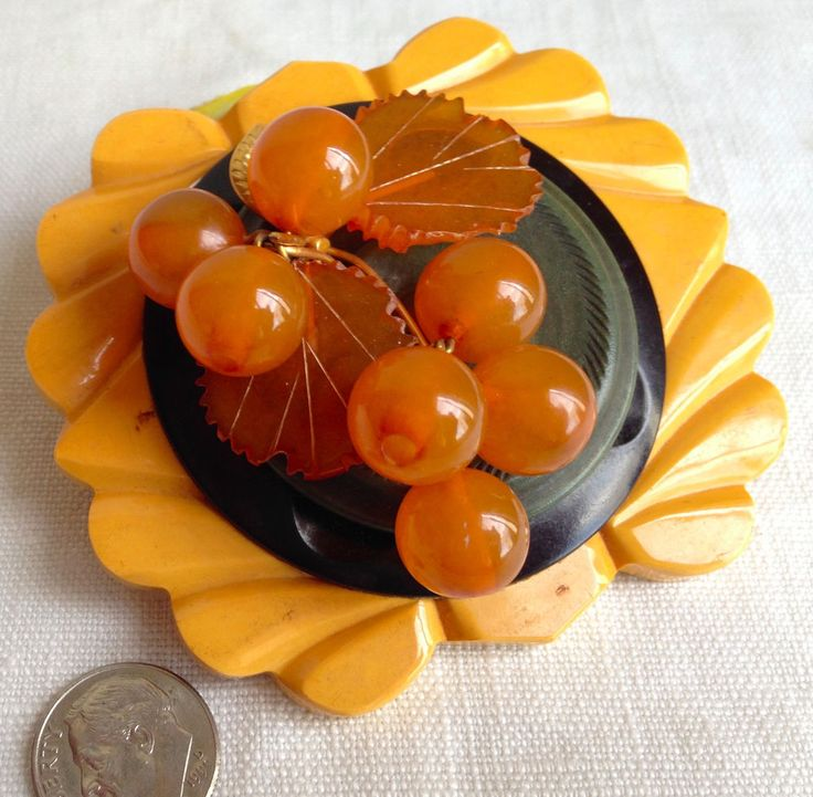 Bakelite Brooch Butterscotch Berries Leaves Vintage