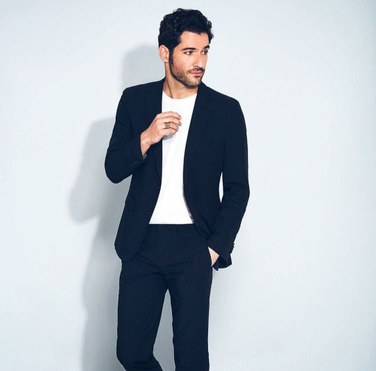 The 25 Best Tom Ellis Instagram Ideas On Pinterest: The 25+ Best Tom Ellis Ideas On Pinterest