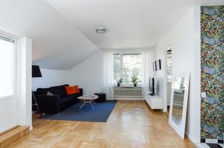 Mårdstigen 10, Bergshamra, Stockholm    2:a · 55 m2 · 2 599 kr · Accepterat pris: 1 870 000 kr