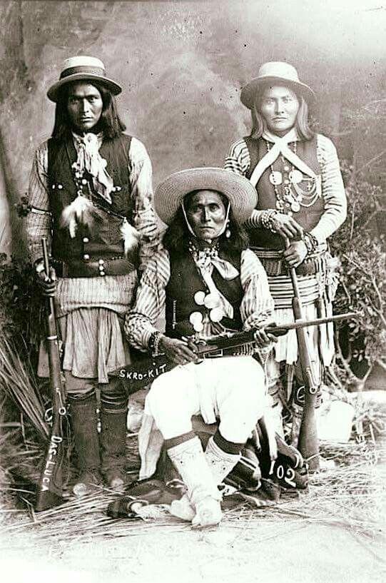17 beste afbeeldingen over native american indians op for Plenty of fish cheyenne