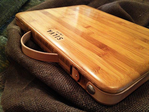 Een musthave voor onze iPad en MacBook: de Silva cases van Carmel bamboe en een binnenkant van wol!