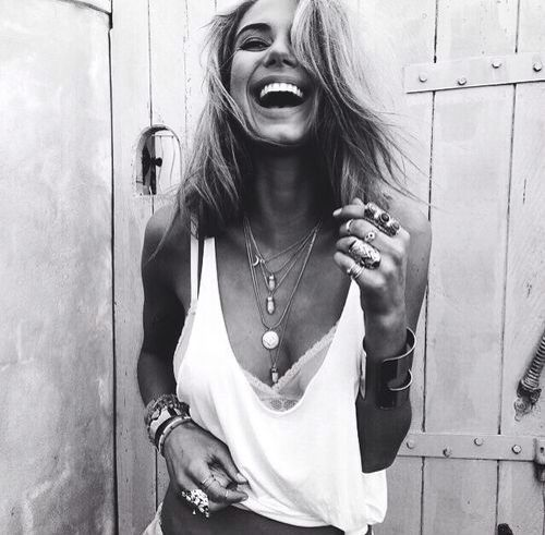I adore this look... Need to invest in more necklaces!!  Photography | Girl | Model | Hippie | Boho | Gypsy | Style | Fashion | Festival | Laugh