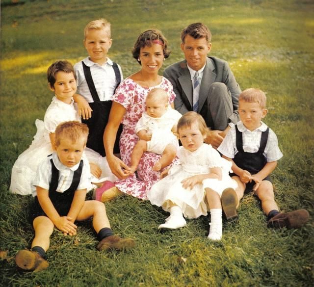 Hickory Hill, 1958. I just adore the Bobby and Ethel Kennedy family....  They had a total of 11 children, this photo is only half of them!