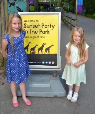 Marwell Zoo's sunset party in the park   #zoo #marwellzoo #familyfun #daysout