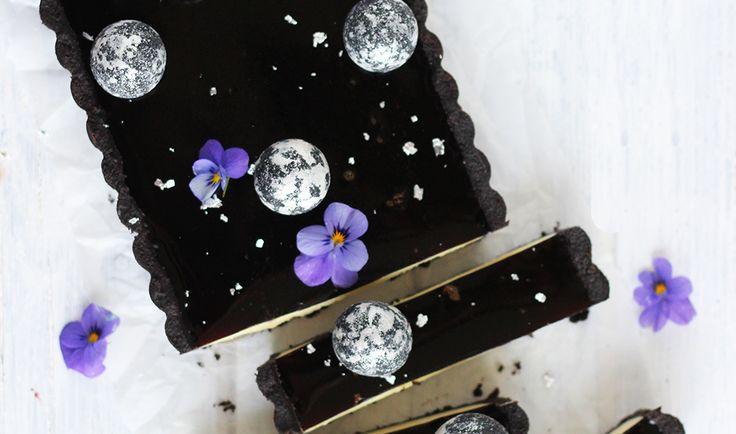 Lakridstærte med hvid chokolade og citron - Lakrids by Johan Bülow