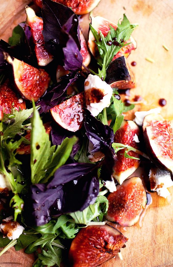 Figs with basil, goat cheese and pomegranate vinaigrette