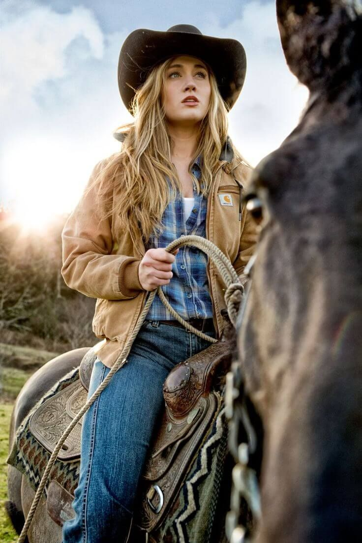 Carhartt Jacket for horse riding | 10 Awesome Horse Riding Outfits Ideas