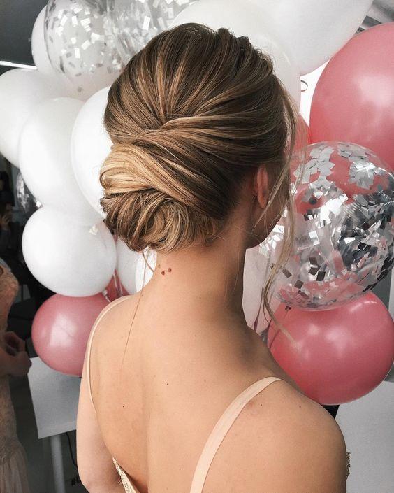Textured updo, updo wedding ceremony hairstyles,updo hairstyles,messy updos ,bridal hairstyles #weddinghair #wedding ceremony #hairstyles #updowedding #weddinghairstyles