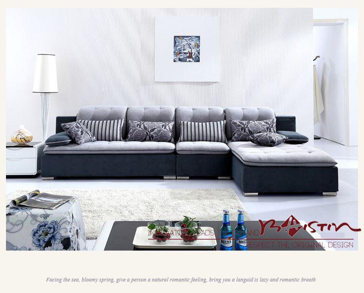 Темный диван со светлой спинкой и сиденьем угловой формы можно купить на сайте https://lafred.ru/catalog/catalog/detail/39811036942/
