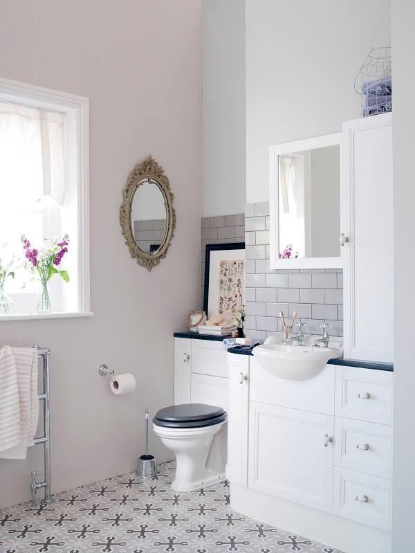 Ba os con estilo llagostera gris serie 1900 vives for Bathroom designs 1900 s