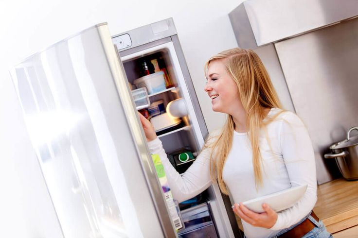 Elutazol otthonról és szeretnéd tudni, hogy távolléted alatt nem enged le a hűtőd? Mutatunk egy tuti tippet! Tedd a következőt!