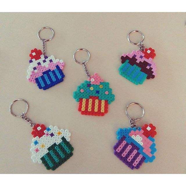 Cupcake keychains hama mini beads by cevizagacidesign