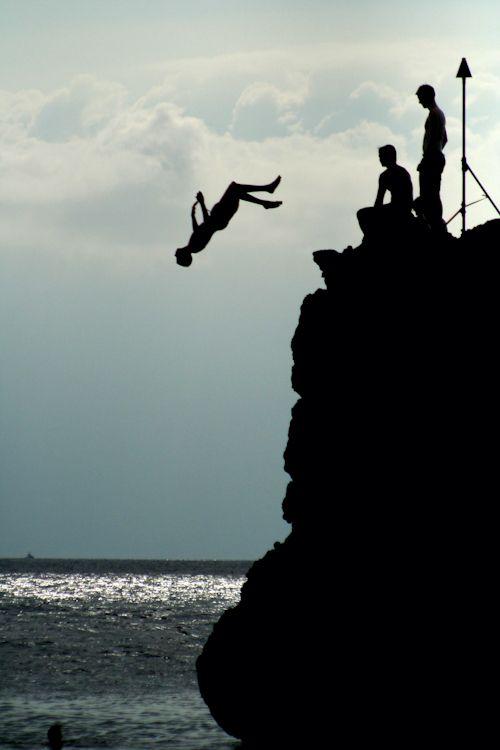 Cliff Jumping Spots Around the World #adventure #travel