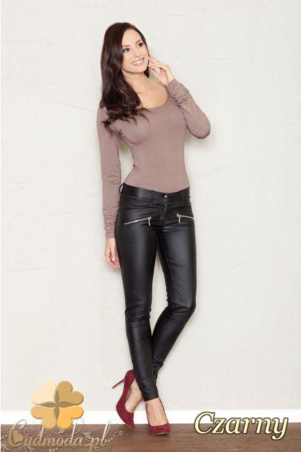 Dopasowane elastyczne spodnie rurki marki FIGL.  #cudmoda #moda #ubrania #odzież #clothes #moda #styl #legginsy