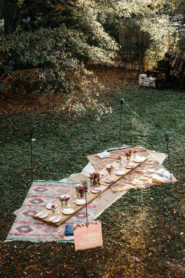 Outdoor taco fall dinner party: http://www.stylemepretty.com/living/2016/10/17/a-gorgeous-al-fresco-dinner-party-in-the-fall/ Photography: Betty Clicker - http://www.bettyclicker.com/