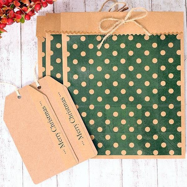 Bolsas para regalos craft polca en verde con etiqueta