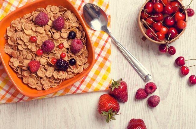 Te vamos a ayudar a abrir los ojos con estas ocho recetas equilibradas, diferentes y deliciosas. Verás cómo puedes cuidar tu línea sin pasar hambre en toda la mañana. #recetas #desayuno #dieta #adelgazar #inspiration #cocinar