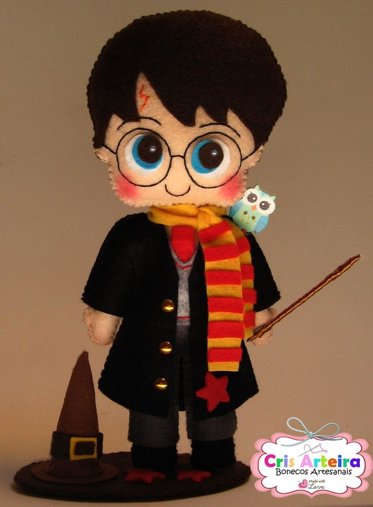 Topo de bolo Harry Potter, confeccionado em feltro.