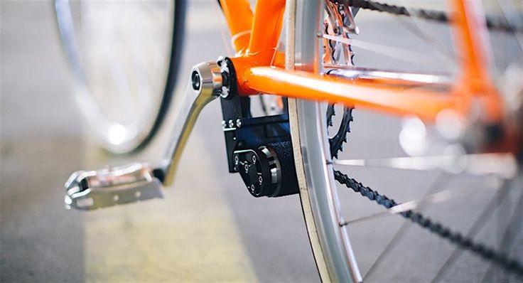 E-Bikes bringen einen ohne schweisstreibendes Strampeln ganz bequem ans Ziel. Doch erstens sind E-Bikes nach wie vor relativ teuer und zweitens möchte man den geliebten Drahtesel nicht einfach entsorgen. Ein Kärntner Technik-Startup hat sich genau diesem Problem gewidmet und einen Add-On-Elektro-Motor fürs Fahrrad entwickelt, der das eigene Fahrrad binnen weniger Handgriffe in ein E-Bike verwandelt. [ ]