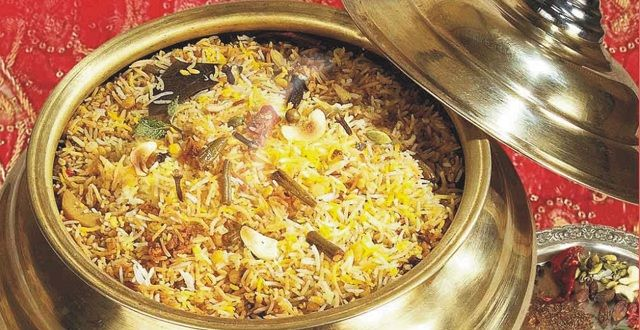 طريقة عمل البرياني الهندي الأصلي بالخطوات عالم المرأة Stuffed Peppers Indian Food Recipes How To Cook Rice