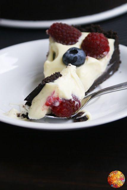 My Culinary Art: Sernik z białą czekoladą na spodzie Oreo - bez pieczenia, bez żelatyny