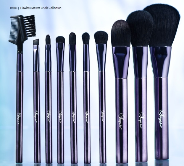New flawless brushes . See more at www.karen-steve.myflpbiz.com