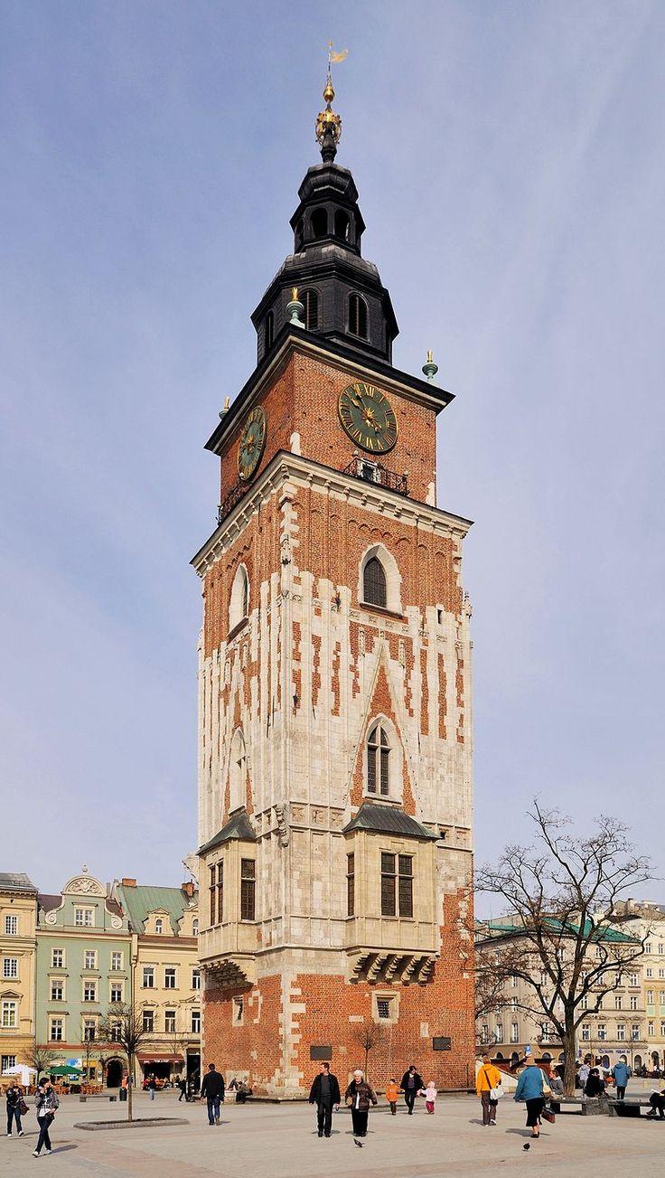 Gotycka wieża ratuszowa w Krakowie (Polska) [za Wikipedia]