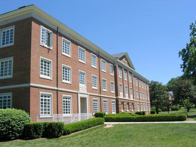 Ingles Hall primarily houses upper-class students and is co-ed by alternating rooms that feature individual bathrooms. This building is billed at the Standard Building Rate. Ingles is one of two halls that remain open throughout the academic school year for students needing housing during university breaks.