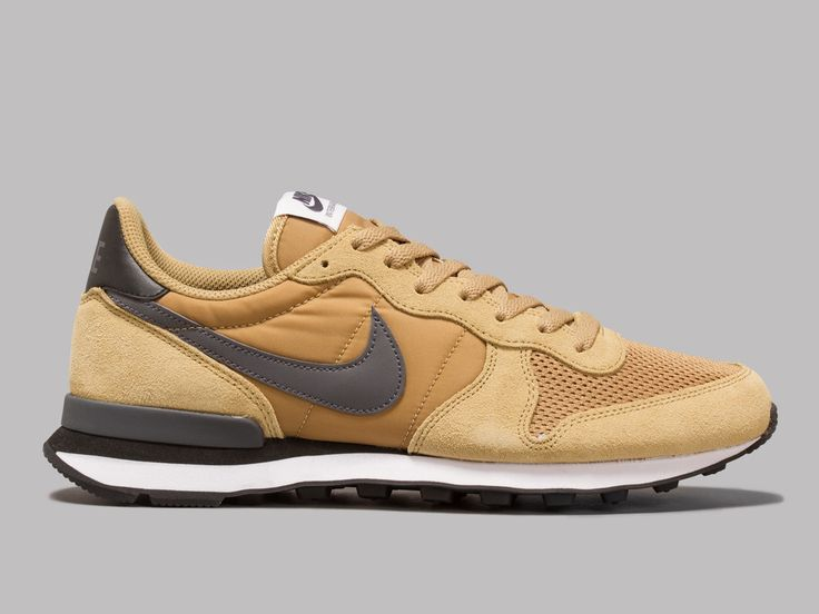 nike internationalist ii brown