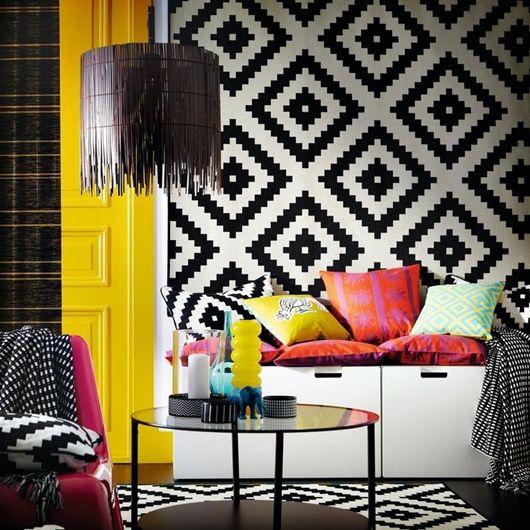 Padronagens geométricas que remetem principalmente aos povos africanos e andinos invadiram as passarelas de moda e entraram com força total também na decoração.