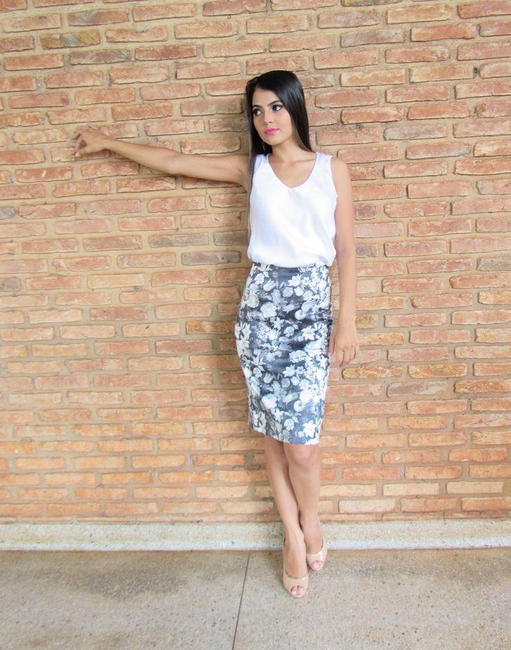 Tallita Martins | Saia Lápis