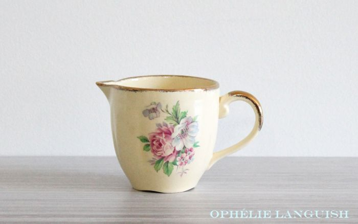 Rare Shabby Chic Vintage Pale Yellow Wm Hulme Royal Braemar Fine China Sugar Bowl & Creamer Set with Rose Floral Motif - Made in England available at Ophélie Languish. home, living, kitchen, dining, serveware, tea set, shabby chic, cottage chic, cream, pale yellow, floral, pink rose, blue flowers, royal braemar, set, wm hulme, hulme, william hulme, england, fine china, replacement china, rare, creamer