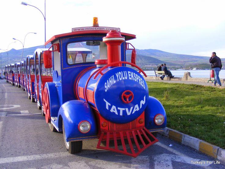 Tatvan - #Patnos to #Tatvan along the shores of #VanGölü