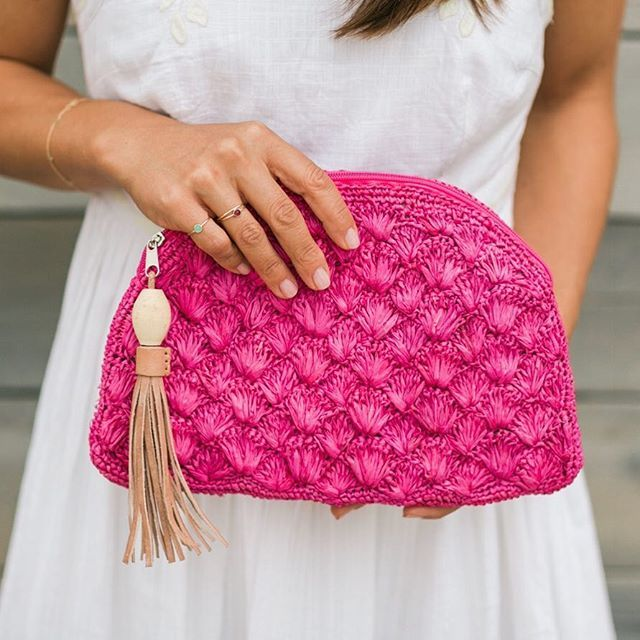Our deep sea clutch is the perfect accessory for brunch. Each one is handmade by women artisans in Madagascar. #thelittlemarket #madeinMadagascar #fairtrade #pinkclutch #brunchstyle #shopconsciously :@valoriedarling  #Regram via @thelittlemarket