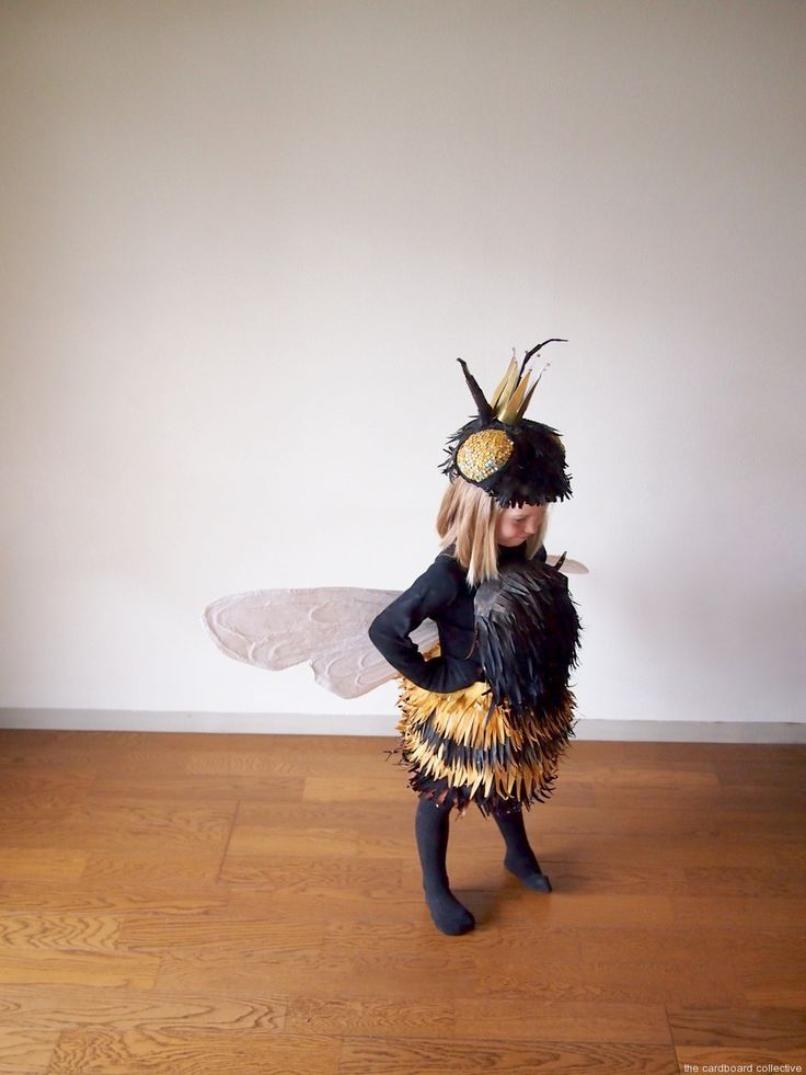The Cardboard Collective: Queen Bee Costume