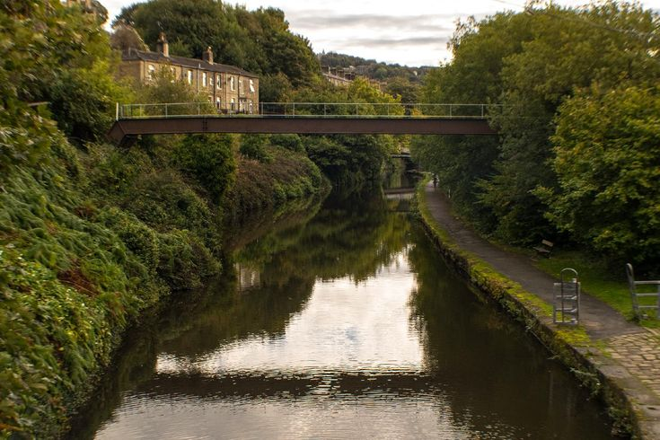 Taken in October 2017 looking eastward along the Calder & Hebble Navigation from Chain Bridge towards Walker Bridge. More of my pictures and information can be seen at, www.colingreenphotography.blogspot.co.uk