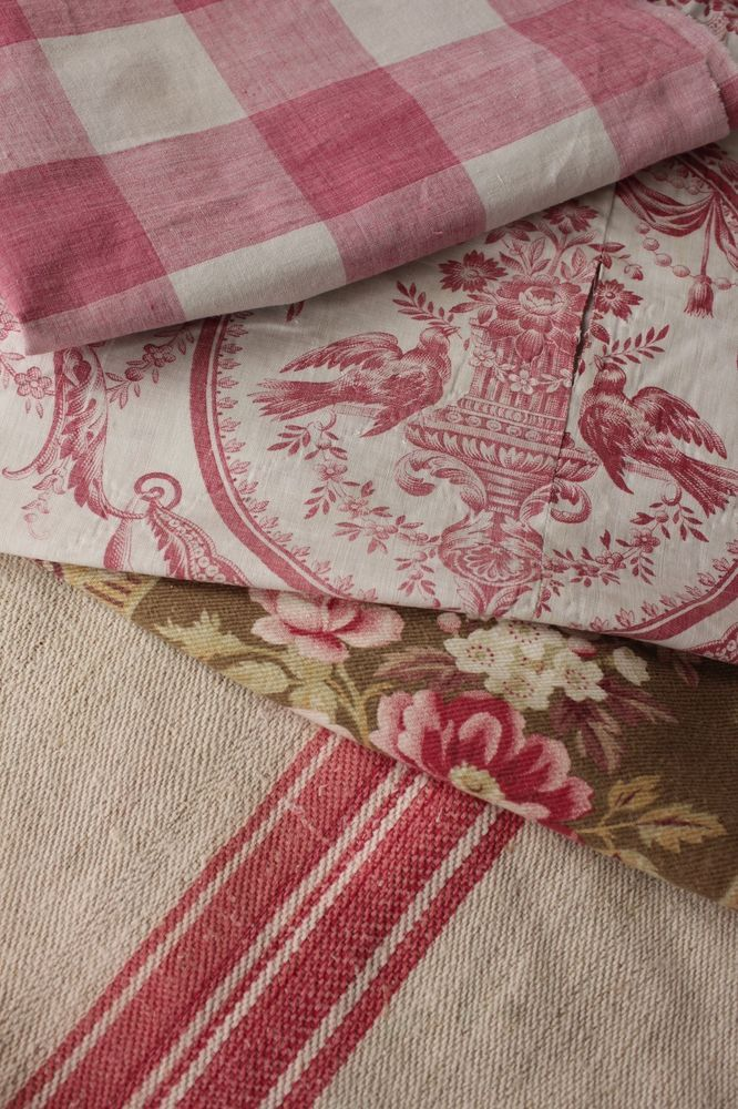 Vintage French fabrics vintage material PROJECT BUNDLE Pink toile materials old  www.textiletrunk.com