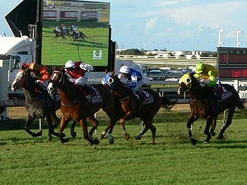 Takeover Target wins the 2007 Doomben 10,000