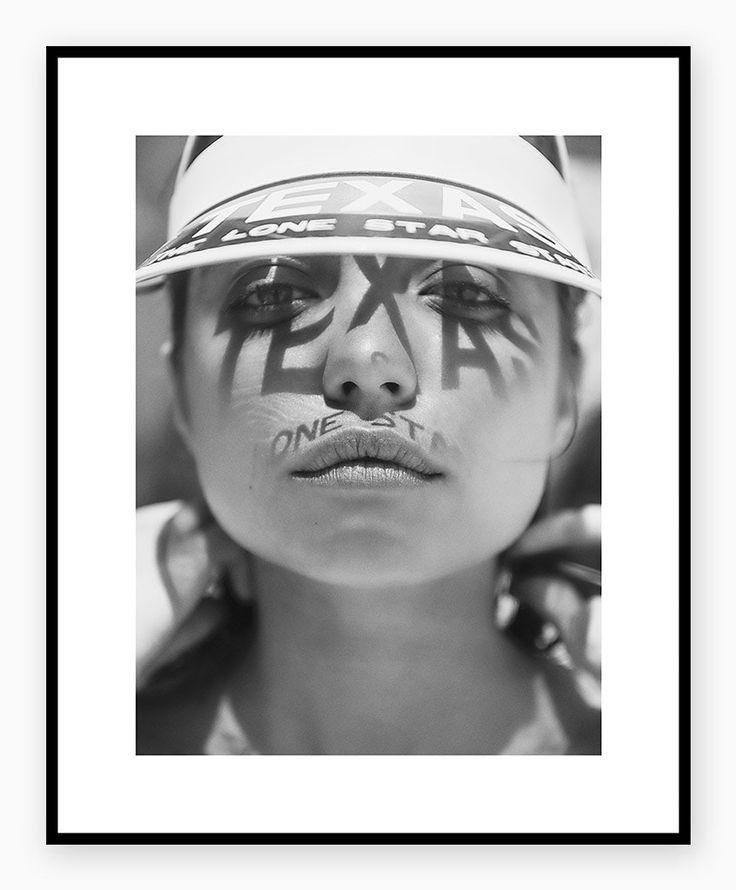 #HELJEPOLAROIDS #fashionprint #vizer #bnw #poster