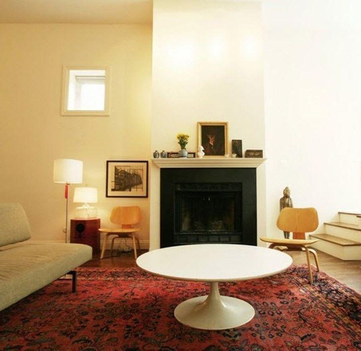 Как расставить мебель в маленькой комнате: несколько примеров