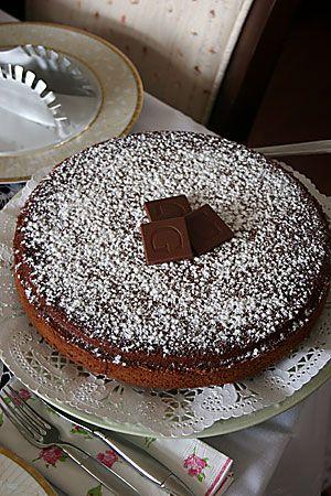 Çikolatalı ve Cevizli Kek