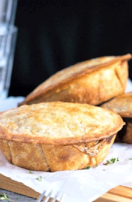 Low FODMAP Recipe and Gluten Free Recipe - Turkey and ham pie  http://www.ibs-health.com/low_fodmap_turkey_ham_pie.html