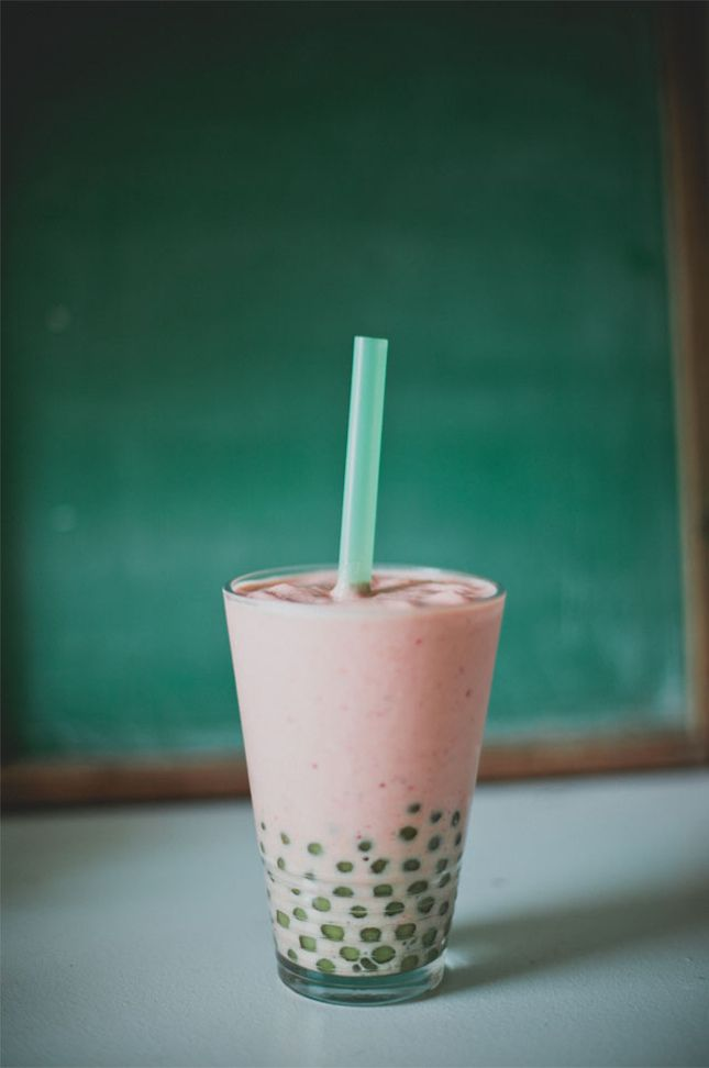 Strawberry Mango Bubble Tea.