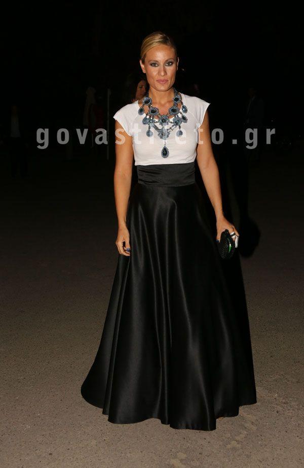"""Το govastileto.gr στο λαμπερό πάρτι για τα φετινά """"Ποσειδώνια""""! Δείτε όλους των επώνυμους που ήταν εκεί   Γόβα Στιλέτο"""