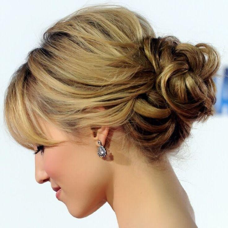 Resultado de imagen para peinados sencillos para cabello corto recogido