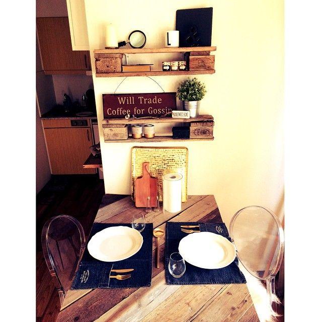 My favorite spot ✨ #dinner#dinnertable#wood##homemade#plexi#pallehylder#ilva#ilvabolig#chairs#enrigtiggørdetselvkvinde