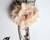 35.00$ Light Pink Peach Steampunk Victorian Flower Hair Headband with Vintage Watch Dial, Clock Hands, 3 Tone Chains & faux Pearls. https://www.etsy.com/ca/listing/189822256